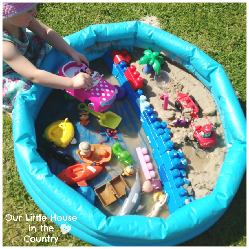 Beach themed Invitation to Play - Sensory and Imaginative Play- Our Little House in the Country #invitationtoplay #sensoryplay #imaginativeplay #summer