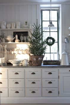 Christmas Decorating Ideas for the Kitchen - Our Little House in the Country 11