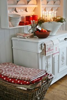 Christmas Decorating Ideas for the Kitchen - Our Little House in the Country 13