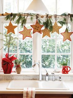 Christmas Decorating Ideas for the Kitchen - Our Little House in the Country 2