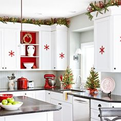 Christmas Decorating Ideas for the Kitchen - Our Little House in the Country 8