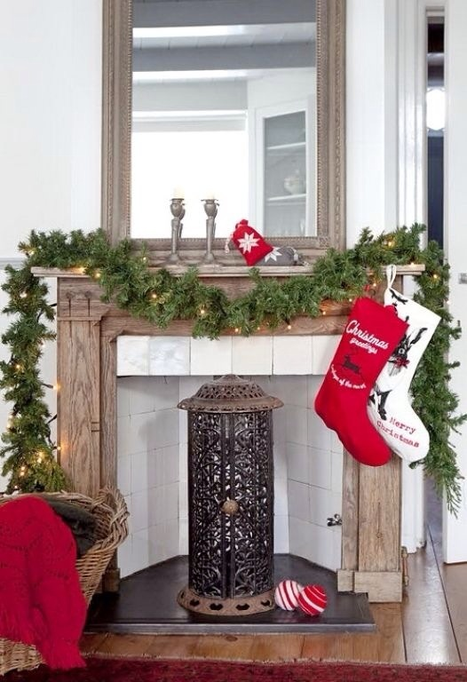 10 simple but stylish ways to decorate your mantle for christmas our little house in - Simple Ways To Decorate Your House For Christmas